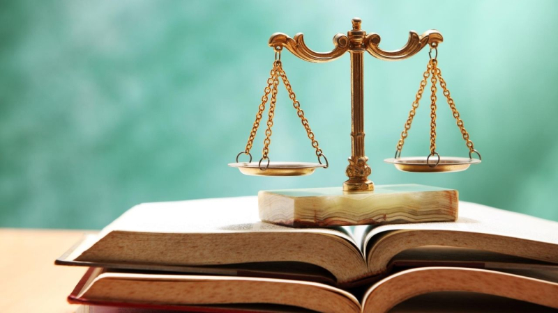 Who can file a personal injury lawsuit  can a family member of a loved one? Or a guardian?
